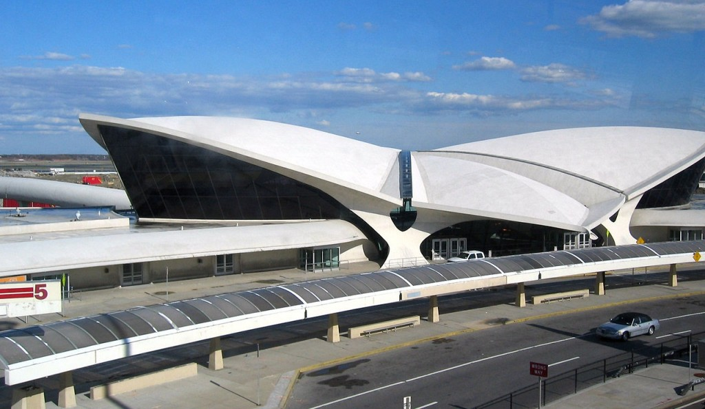 The TWA Flight Center or Trans World Flight Center, which Balazs will transform into another Standard Hotel. Adapted and taken by Flickr user pheezy.