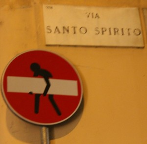 Wrong Way sign Milan