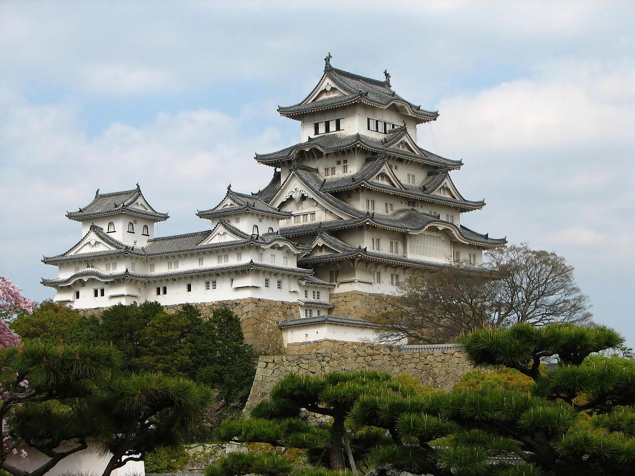 Himeji castle himeji hyogo prefecture japan dauntless jaunter himeji castle himeji hyogo prefecture japan publicscrutiny Images