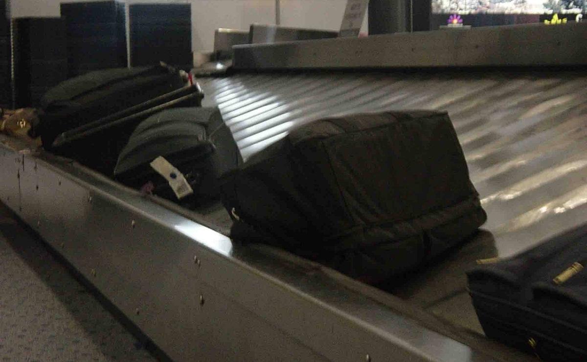 baggage on belt