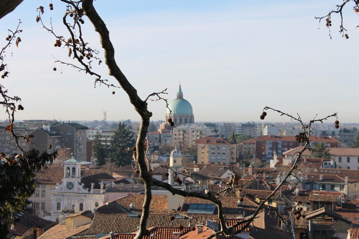 Piazzale del Castello (3)