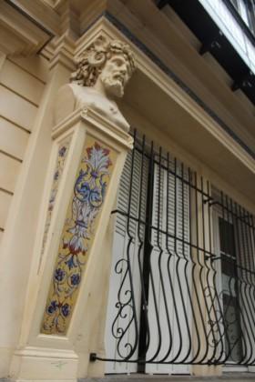 Windows around Paris